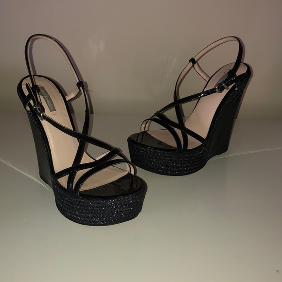 Giorgio Armani Shoes - Giorgio Armani Wedges ✨